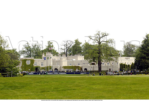 General view of the 1st tee with the clubhouse in the background, Wentworth Club, Surrey, 030522. Photo: Neil Tingle/Action Plus...golf golfer 2003.venue venues club house tees