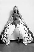 VAN HALEN, BACKSTAGE, DAVID LEE ROTH,1980, NEIL ZLOZOWER