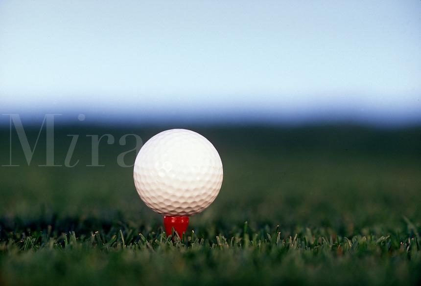 Golf ball oh tee.
