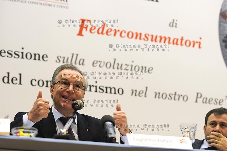 Roma, 2008.Guglielmo Epifani segretario CGIL.CGIL, Guglielmo Epifani, Secretary