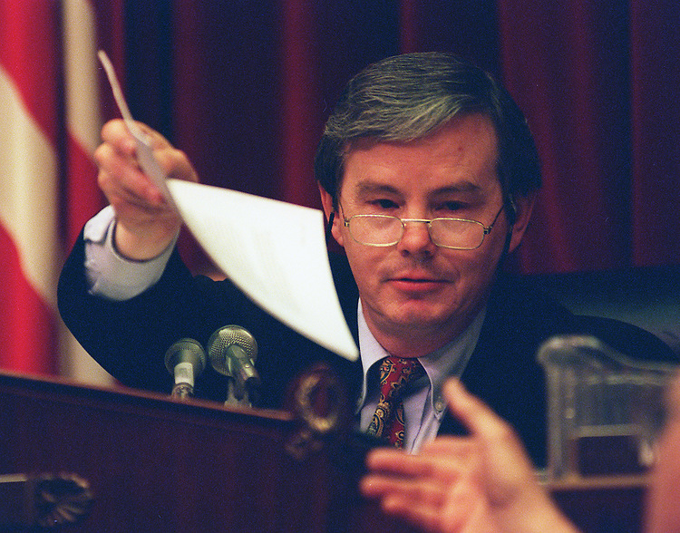 11/5/97.MOLTEN METAL TECHNOLOGY:Chairman Joe L. Barton,R-Texas, of House Commerce Committee  during the hearings on the Department of Energy's funding of molten metal technology..CONGRESSIONAL QUARTERLY PHOTO BY DOUGLAS GRAHAM