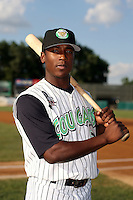 August 17 2008:  Jemile Weeks of the Kane County Cougars, Class-A affiliate of the Oakland Athletics, during a game at Philip B. Elfstrom Stadium in Geneva, IL.  Photo by:  Mike Janes/Four Seam Images