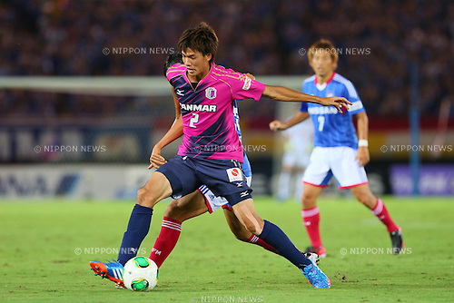 Takahiro Ogihara (Cerezo), SEPTEMBER 14, 2013 - Football / Soccer : <br /> 2013 J.LEAGUE Division 1, 25th Sec <br /> match between Yokohama F Marinos 1-1 Cerezo Osaka<br />  at Nissan Stadium in Kanagawa, Japan. (Photo by AFLO SPORT) [1156]