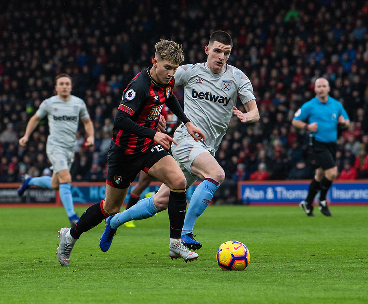 West Ham United's Declan Rice (right) vies for possession with \Bournemouth's David Brooks (left) <br /> <br /> Photographer David Horton/CameraSport<br /> <br /> The Premier League - Bournemouth v West Ham United - Saturday 19 January 2019 - Vitality Stadium - Bournemouth<br /> <br /> World Copyright &copy; 2019 CameraSport. All rights reserved. 43 Linden Ave. Countesthorpe. Leicester. England. LE8 5PG - Tel: +44 (0) 116 277 4147 - admin@camerasport.com - www.camerasport.com