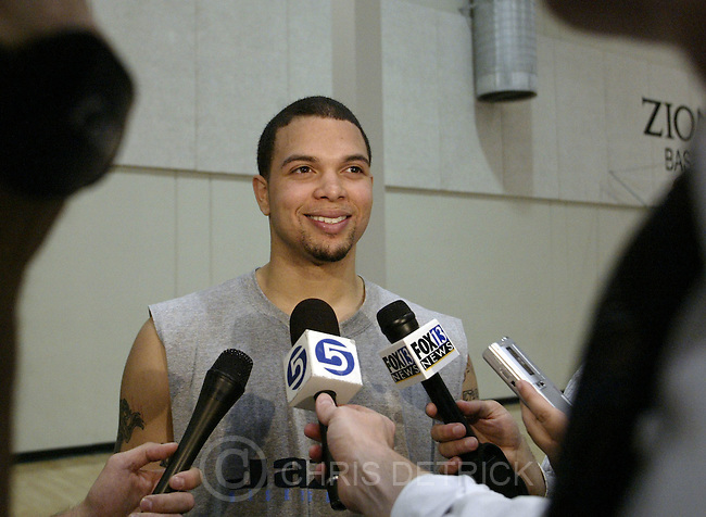 Salt Lake City,Utah--6/23/2005- .Illinois' Deron Williams works out and talks with the media during a practice at the Utah Jazz practice facility..The Jazz will have a workout session with two players they could pick in Tuesday's draft -- North Carolina's Raymond Felton and Illinois' Deron Williams..Photo By: Chris Detrick /Salt Lake Tribune.File #816G3118