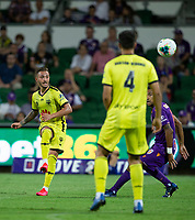 7th February 2020; HBF Park, Perth, Western Australia, Australia; A League Football, Perth Glory versus Wellington Phoenix; Reno Piscopo of Wellington Phoenix crosses the ball in to the box