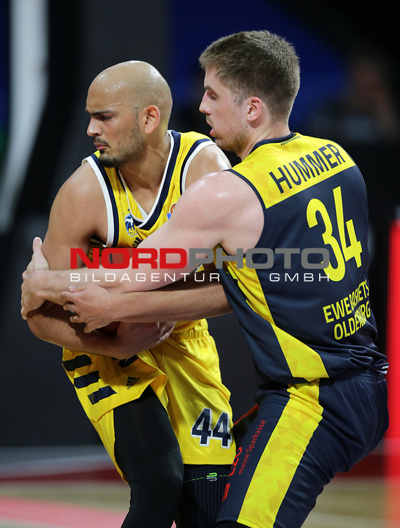 #44 Stefan Peno von Alba Berlin   , #34 Ian Hummer von Baskets Oldenburg <br /> Basketball, nph0001 1.Bundesliga BBL-Finalturnier 2020.<br /> Halbfinale Spiel 2 am 24.06.2020.<br /> <br /> Alba Berlin vs EWE Baskets Oldenburg <br /> Audi Dome<br /> <br /> Foto: Christina Pahnke / sampics  / POOL / nordphoto<br /> <br /> National and international News-Agencies OUT - Editorial Use ONLY