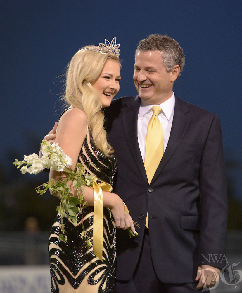 NWA Democrat-Gazette/BEN GOFF @NWABENGOFF<br /> Bentonville High homecoming festivities on Friday Oct. 21, 2016 before the football game against Rogers at Tiger Stadium in Bentonville.