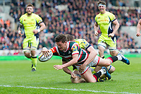 Freddie Burns of Leicester Tigers dives for the try-line. Aviva Premiership match, between Leicester Tigers and Sale Sharks on April 29, 2017 at Welford Road in Leicester, England. Photo by: Patrick Khachfe / JMP