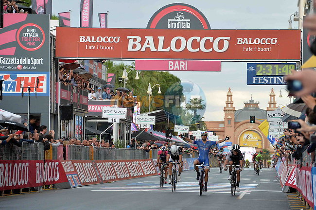 Nacer Bouhanni (FRA) FDJ.fr outsprints Giacomo Nizzolo (ITA) Trek Factory Racing and Tom Veelers (NED) Team Giant Shimano to win the 4th stage from Giovinazzo - Bari of the 2014 Giro d'Italia, .13th May 2014.<br /> Picture: Gian Mattia D'Alberto/LaPresse/www.newsfile.ie