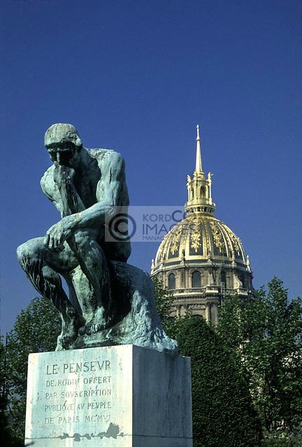 LES INVALIDES DOME THINKER STATUE RODIN MUSEUM PARIS FRANCE