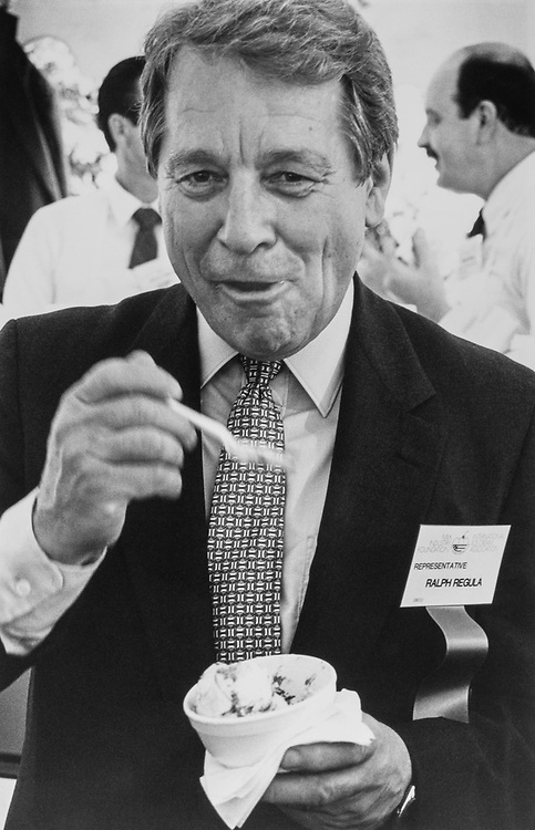 Rep. Ralph Regula, R-Ohio, eating ice-cream in June 1989. (Photo by Laura Patterson/CQ Roll Call via Getty Images)