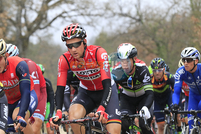 The peloton including Tim Wellens (BEL) Lotto-Soudal on gravel sector 2 Bagnaia during the 2017 Strade Bianche running 175km from Siena to Siena, Tuscany, Italy 4th March 2017.<br /> Picture: Eoin Clarke | Newsfile<br /> <br /> <br /> All photos usage must carry mandatory copyright credit (&copy; Newsfile | Eoin Clarke)