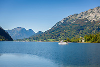 Austria; Styria; Styrian Salzkammergut; Ausseer Land, Goessl at Grundl Lake: autumn scene , in the background sightseeing boat 'Rudolf' and lakeshore Villa Roth (also called Castle Grundlsee) | Oesterreich, Steiermark, Steirisches Salzkammergut, Ausseer Land, Goessl am Grundlsee: Herbststimmung am See, im Hintergrund das Ausflugsschiff 'Rudolf' und am Seeufer die Villa Roth auch Schloss Grundlsee genannt