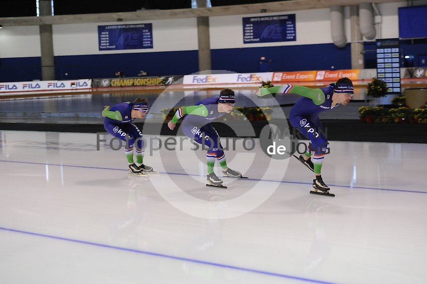 SPEED SKATING: CALGARY: Olympic Oval, 07-03-2015, ISU World Championships Allround, training, ©foto Martin de Jong
