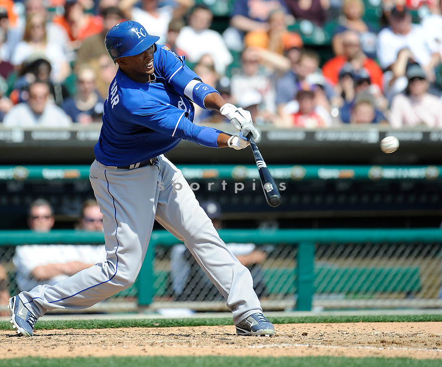 ALCIDES ESCOBAR, of the Kansas City Royals, in action during the Royals game against the Detroit Tigers on April 10, 2011 at Comerica Park in Detroit, Michigan.  The Royals beat the Tigers 9-0..