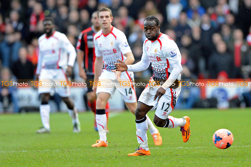 Victor Moses of Liverpool on the ball - AFC Bournemouth vs Liverpool - FA Cup 4th Round Football at the Goldsands Stadium, Bournemouth, Dorset - 25/01/14 - MANDATORY CREDIT: Denis Murphy/TGSPHOTO - Self billing applies where appropriate - 0845 094 6026 - contact@tgsphoto.co.uk - NO UNPAID USE