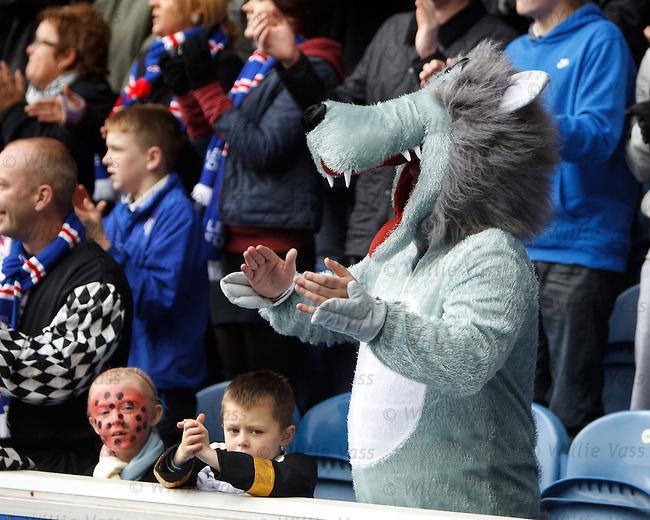 Rangers fans in fancy dress