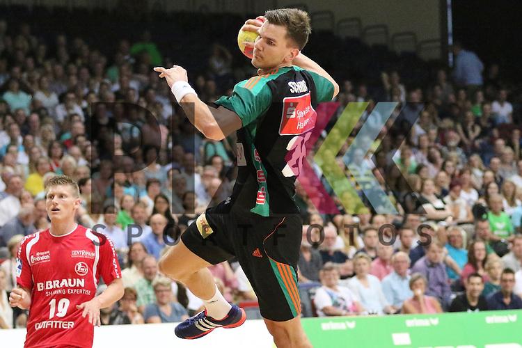 Bremen, 09.08.15, Sport, Handball, Erima-Cup 2015, MT Melsungen-TSV Hannover-Burgdorf : Erik Schmidt (TSV Hannover-Burgdorf, #28)<br /> <br /> Foto &copy; P-I-X.org *** Foto ist honorarpflichtig! *** Auf Anfrage in hoeherer Qualitaet/Aufloesung. Belegexemplar erbeten. Veroeffentlichung ausschliesslich fuer journalistisch-publizistische Zwecke. For editorial use only.