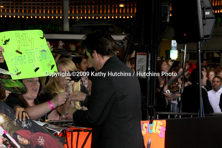 Billy Burke.arriving at the New Moon Premiere.Mann's Westwood Village Theater.Westwood,  CA.November 16, 2009.©2009 Kathy Hutchins / Hutchins Photo.