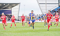 Picture by Allan McKenzie/SWpix.com - 04/03/2017 - Rugby League - Betfred Super League - Salford Red Devils v Warrington Wolves - AJ Bell Stadium, Salford, England - Warrington's Declan Patton streaks away from Salford's defence to score a try.