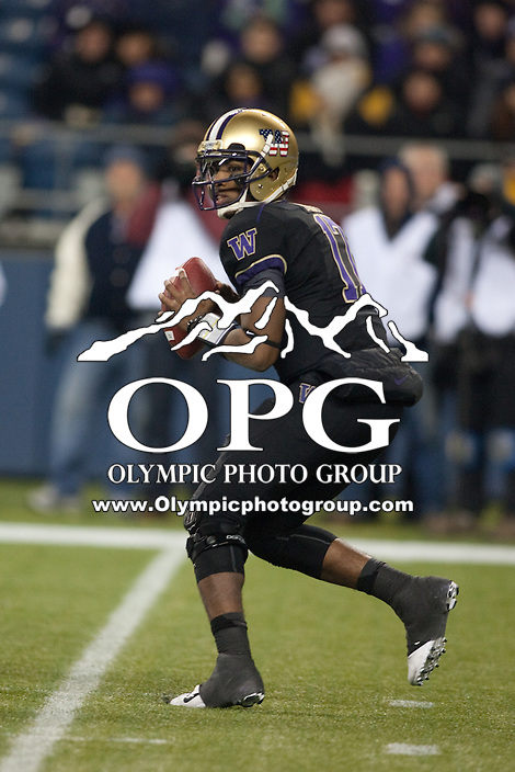 NOV 10, 2012:  Washington's Keith Price against Utah.  Washington defeated Utah  34-15 at CenturyLink Field in Seattle, WA...