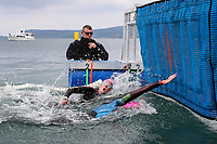Stefannie Gillespie touches the mat to win the Championship 10km. Swimming New Zealand Open Water Championships, 10km Epic, Lake Taupo, Waikato, New Zealand, Saturday 13 January 2018. Photo: Simon Watts/www.bwmedia.co.nz