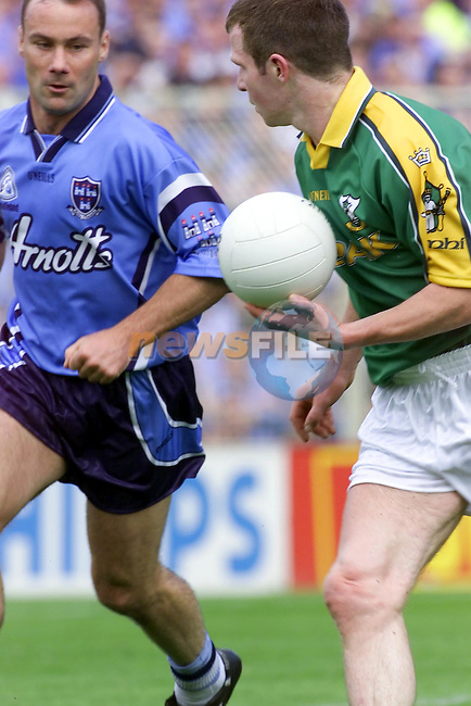Meaths Richie kelly teasing Dublins Paul Curran with the Ball ..Picture Fran Caffrey Newsfile.