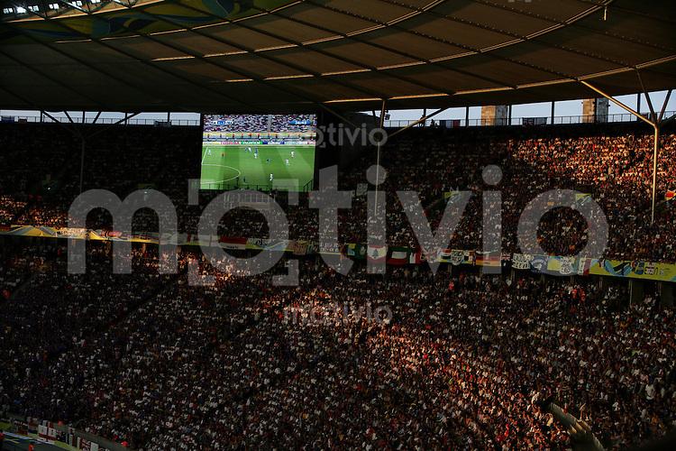 Fussball WM 2006 ; Endspiel ; Finale   Italien - Frankreich ; Italy - France  Sonnenuntergang waehrend des Endspiel im Olympiastadion