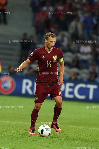 Vasili Berezutski (Russia) ; <br /> June 15, 2016 - Football : Uefa Euro France 2016, Group B, Russia 1-2 Slovakia at Stade Pierre Mauroy, Lille Metropole, France.; ;(Photo by aicfoto/AFLO)