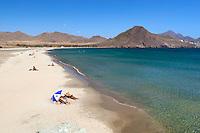 Spain, Andalusia, Costa de Almeria, Parque Natural de Cabo de Gata-Níjar, near San Jose: Playa de los Genoveses | Spanien, Andalusien, Costa de Almeria, Naturpark Cabo de Gata-Níjar, bei San Jose: Playa de los Genoveses