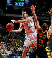 Real Madrid's Rudy Fernandez  and Alba Berlin's Albert Miralles  during Euroleague 2012/2013 match.February 22,2013. (ALTERPHOTOS/Javier Lopez) /NortePhoto