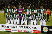 QUITO - ECUADOR - 20-07-2016: Los Jugadores de Atletico Nacional de Colombia posan para una foto, durante partido de ida por la final, entre Independiente Del Valle y Atletico Nacional por la Copa Bridgestone Libertadores 2016 en el Estadio Atahualpa, de la ciudad de Quito. / The players Atletico Nacional of Colombia pose for a photo during a match for the first leg for the final between Independiente Del Valle and Atletico Nacional for the Bridgestone Libertadores Cup 2016, in the Atahualpa Stadium, in Quito city. Photo: VizzorImage / ACGPhoto / Cont.