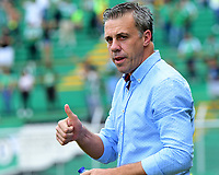 PALMIRA - COLOMBIA, 01-09-2019: Lucas Pusineri técnico del Cali gesticula durante partido entre Deportivo Cali y Deportivo Pasto por la fecha 9 de la Liga Águila II 2019 jugado en el estadio Deportivo Cali de la ciudad de Palmira. / Lucas Pusineri coach of Cali gestures during match between Deportivo Cali and Deportivo Pasto for the date 9 as part Aguila League II 2019 played at Deportivo Cali stadium in Palmira city. Photo: VizzorImage / Nelson Rios / Cont