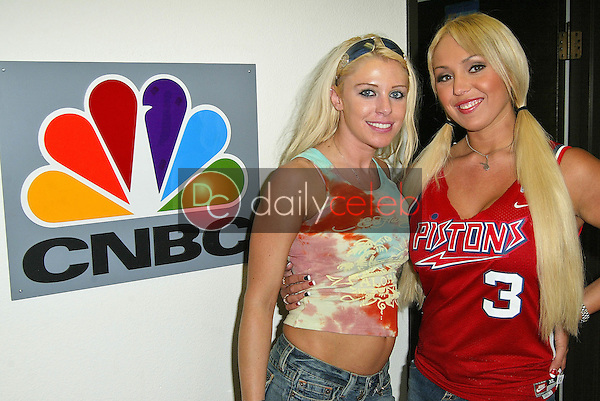 """Tawny Roberts and Mary Carey at the CNBC Studios in Burbank to tape """"Countdown with Keith Olberman""""<br /> on the set of MSNBC's """"Countdown wirth Keith Olbermann"""" to anounce her intention to run for California Lieutenant Governor, NBC Studios, Burbank, CA 06-21-05<br /> EXCLUSIVE<br /> <br /> David Edwards/DailyCeleb.Com 818-249-4998"""