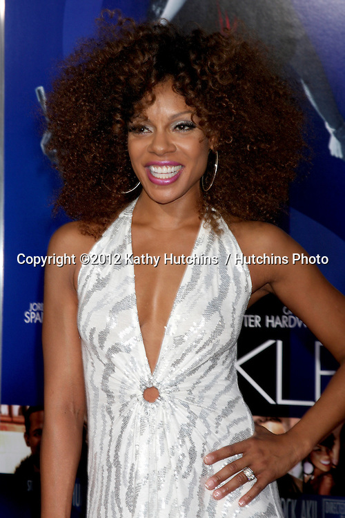 """Los Angeles - AUG 16:  Wendy Raquel Robinson arrives at the """"Sparkle""""  Premiere at Graumans Chinese Theater on August 16, 2012 in Los Angeles, CA"""