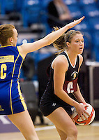 11 MAR 2009 - SHEFFIELD,GBR - Lucy Adams - Loughborough University (black and maroon) v University of Bath (blue and yellow) - BUCS Championships '09. (PHOTO (C) NIGEL FARROW)