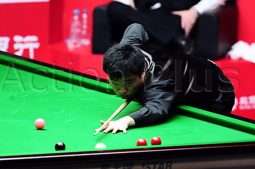 31.03.2011 Beijing, CHINA; Ding Junhui defeats Stephen Hendry 5:2 in the second round at the 2011 World Snooker China Open.