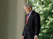 United States President George W. Bush walks to the podium to speak on CAFE standards and Alternative fuel standards in the Rose Garden of the White House in Washington, D.C. on May 14, 2007.<br /> Credit: Carol T. Powers / Pool via CNP