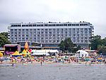 Sanatorium uzdrowiskowe Bałtyk przy plaży w Kołobrzegu