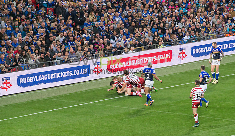 Picture by Allan McKenzie/SWpix.com - 10/10/2015 - Rugby League - First Utility Super League Grand Final - Leeds Rhinos v Wigan Warriors - Old Trafford, Manchester, England - General view, GV, fans, supporters, Rugby League Tickets, branding.