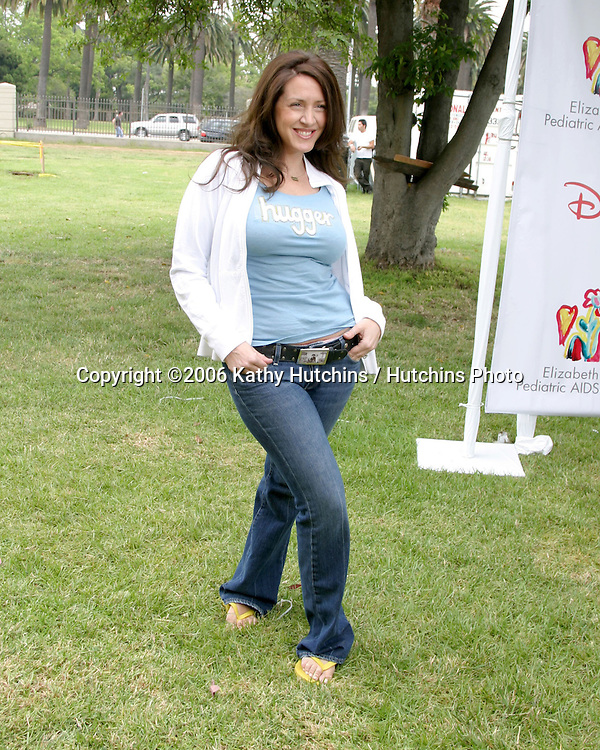 "Joely Fisher.""A Time for Heros"" Benefitting the Elizabeth Glaser Pediatric Aids Foundation.Wadsworth Theater Grounds at the VA.Westwood, CA.June 11, 2006.©2006 Kathy Hutchins / Hutchins Photo...."