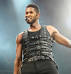 Usher performs at the Wells Fargo Center in Philadelphia, Pa on his OMG Tour Dec. 16, 2010. .Copyright EML/Rockinexposures.com.