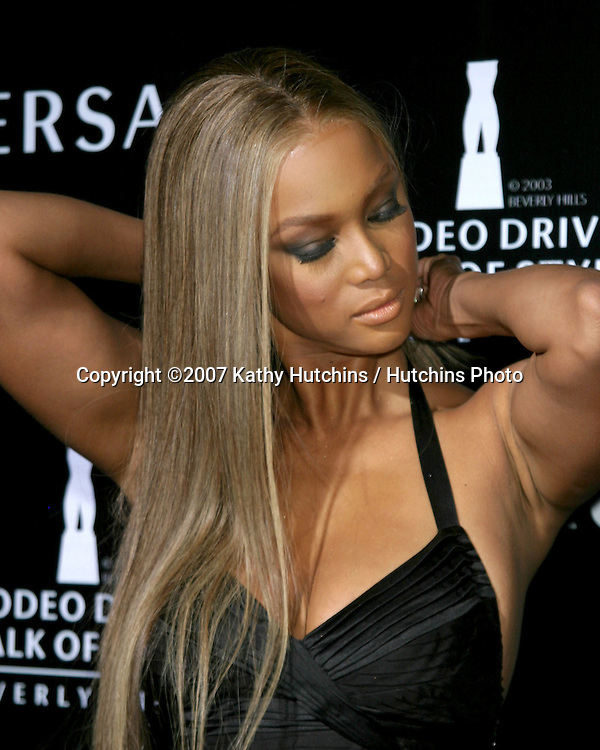 Tyra Banks.Rodeo Walk of Style Award IHO  Gianni & Donatella Versace.City Hall, Beverly Hills, CA.February 8, 2007.©2007 Kathy Hutchins / Hutchins Photo.