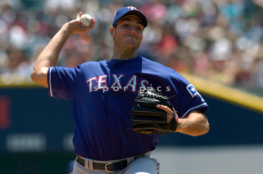 Chris Young of the Texas Rangers in action against the Detroit Tigers. ....Rangers lost 5-6.....David Durochik / SportPics..