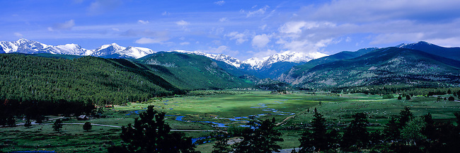 Panoramic view of Moraine Park during a spring morning in Rocky Mountain National Park, Colorado, USA