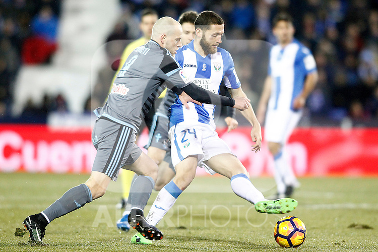 CD Leganes' David Timor (r) and Celta de Vigo's John Guidetti during La Liga match. January 28,2017. (ALTERPHOTOS/Acero)