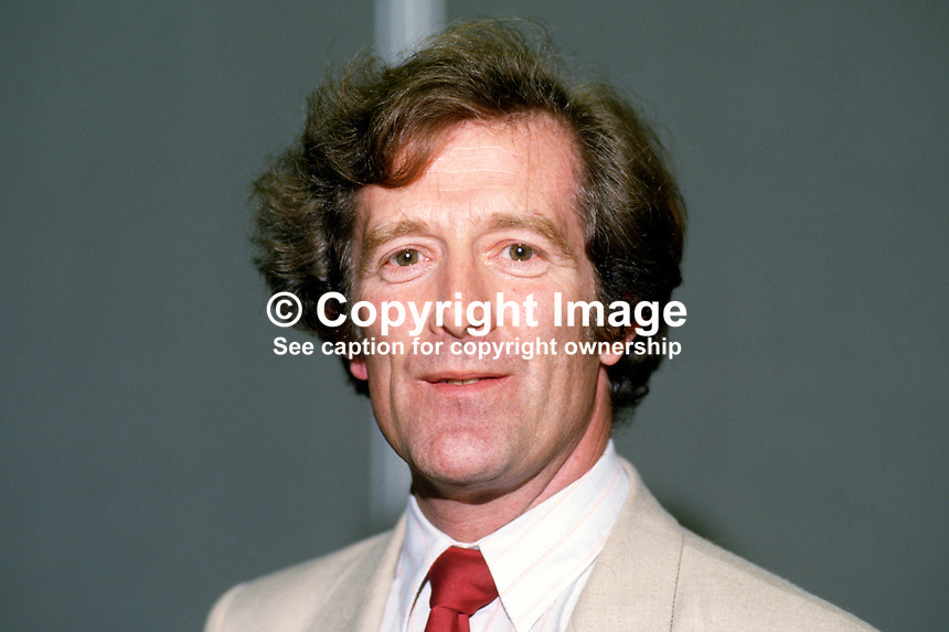 Win Griffiths, MP, Labour Party, UK, 19870925WG..Copyright Image from Victor Patterson, 54 Dorchester Park, Belfast, UK, BT9 6RJ..Tel: +44 28 9066 1296.Mob: +44 7802 353836.Voicemail +44 20 8816 7153.Skype: victorpattersonbelfast.Email: victorpatterson@me.com.Email: victorpatterson@ireland.com (back-up)..IMPORTANT: If you wish to use this image or any other of my images please go to www.victorpatterson.com and click on the Terms & Conditions. Then contact me by email or phone with the reference number(s) of the image(s) concerned.