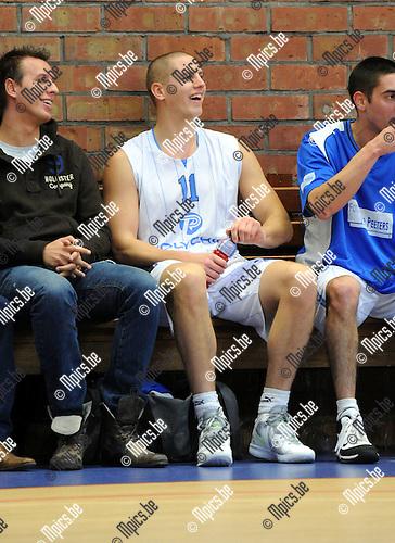 11-11-20 / Basketbal / seizoen 2011-2012 / Kabo 2 - Pitzemburg / Koen Seberechts..Foto: Mpics