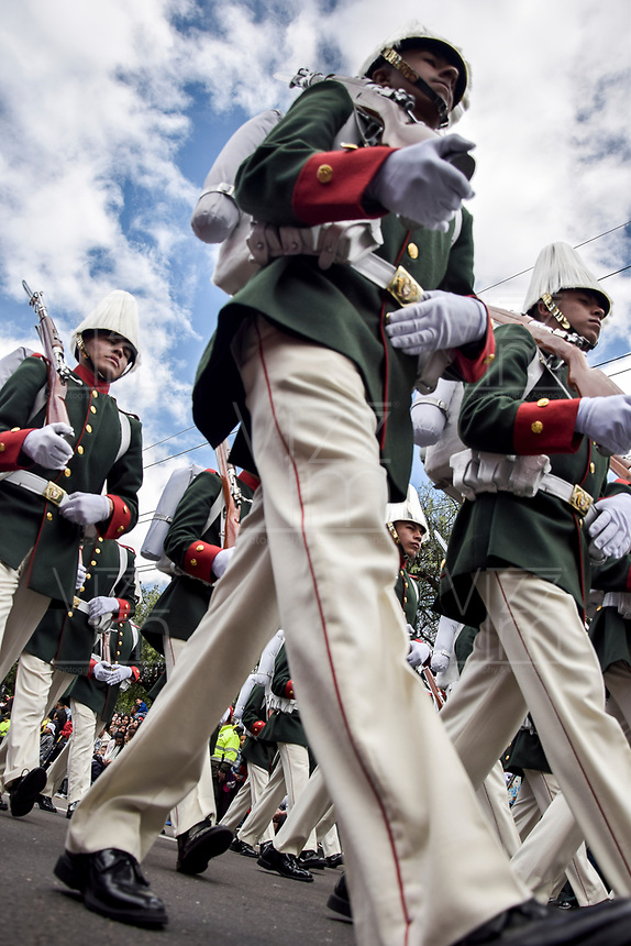 BOGOTÁ - COLOMBIA, 20-07-2018: Miembros de las fuerzas armadas durante el desfile Militar del 20 de Julio con motivo del 208 Aniversario de la Independencia de Colombia realizado por las calles de la ciudad de Bogotá. / Armed forces members during July 20th Military Parade on the occasion of the 208th Anniversary Independence of Colombia that took place trough the streets of Bogota city. Photo: VizzorImage / Nicolas Aleman / Cont